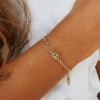 Joobee :  Bracelet breloque fleur Nola de Constance L porté
