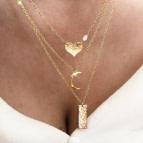 Joobee : collier pendentif coeur Amoureuse de Stella Mai porté