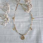 Joobee : collier médaille nacre Fès médaille blanc de Petite Madame