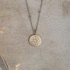 Joobee : collier médaille Céleste de Un de ces Quatre