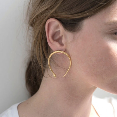 Joobee : boucles d'oreilles Eden de 4 Crosses portées