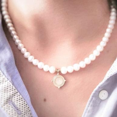 Joobee : collier Louison de Mai porté
