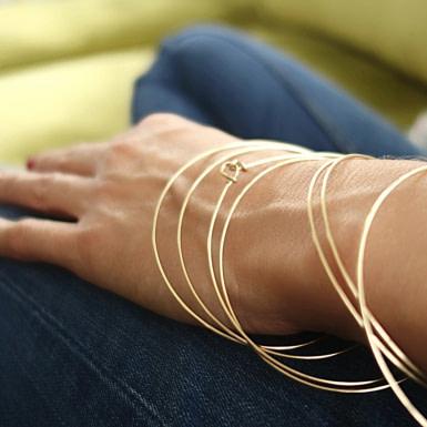Joobee : bracelet jonc 3 fils Hati de Sissi 100Fils porté