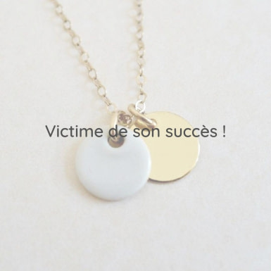 Joobee : collier médaille porcelaine Kaolin de Sissi 100Fils