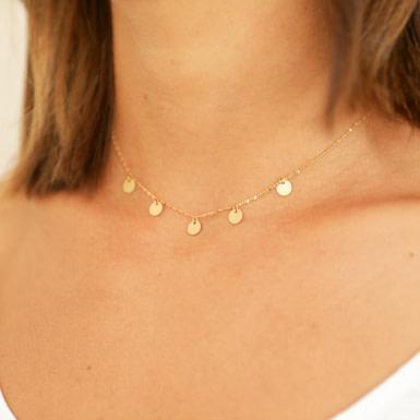 Joobee : collier fin de créateur Malo pampilles de Constance L porté